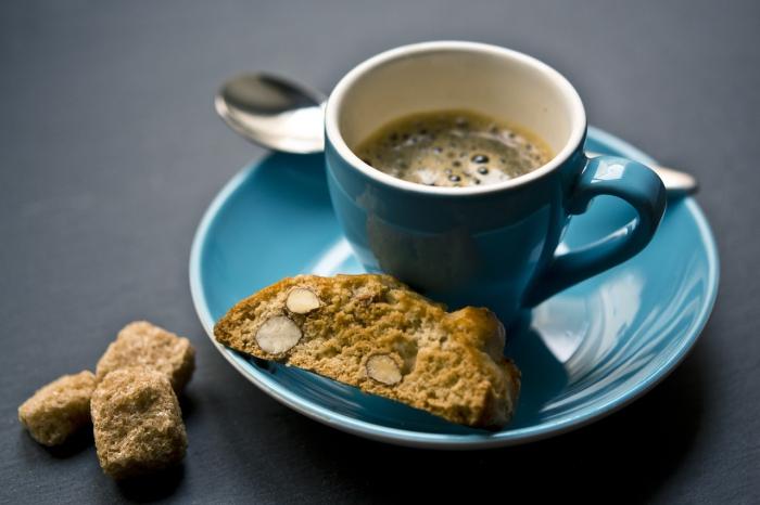 Kom je gezellig een kopje koffie drinken?